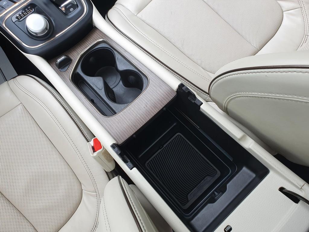 2015-Chrysler-200