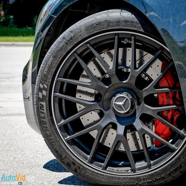 2016-Mercedes-Benz-GT