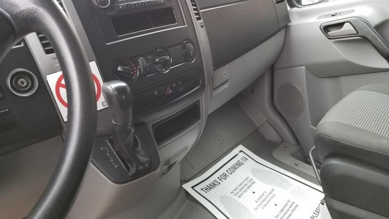 2012-Mercedes-Benz-Sprinter