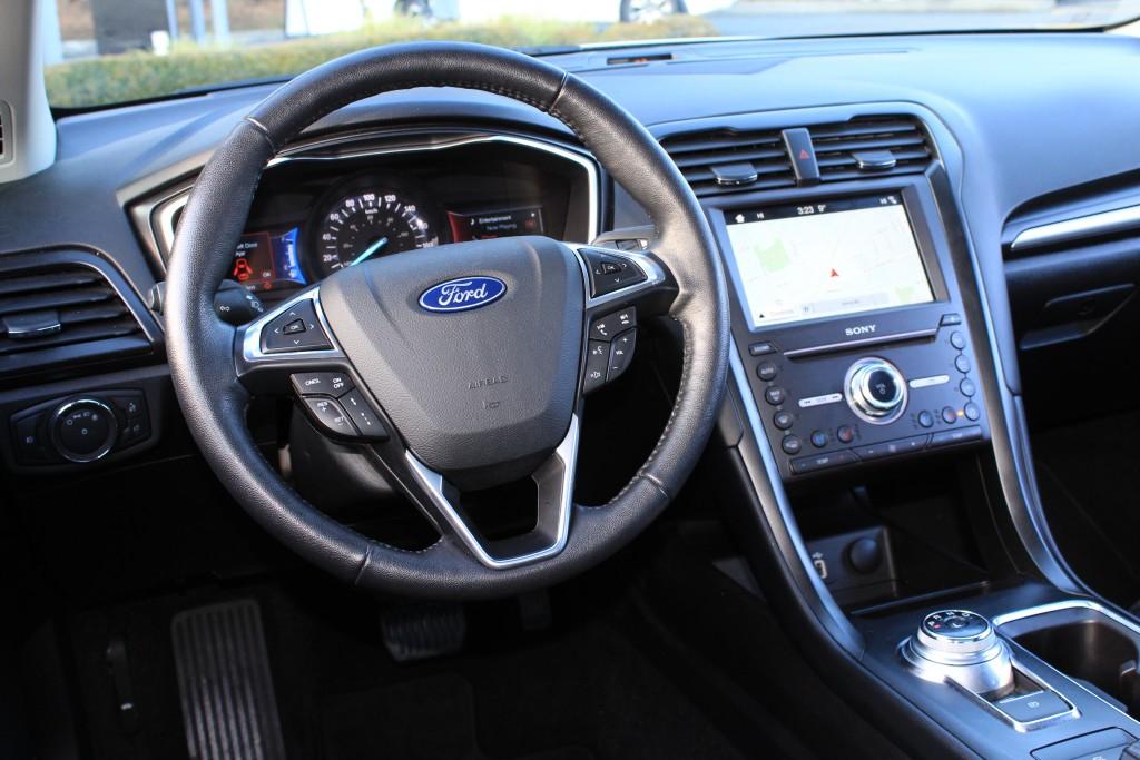 2019-Ford-Fusion Hybrid