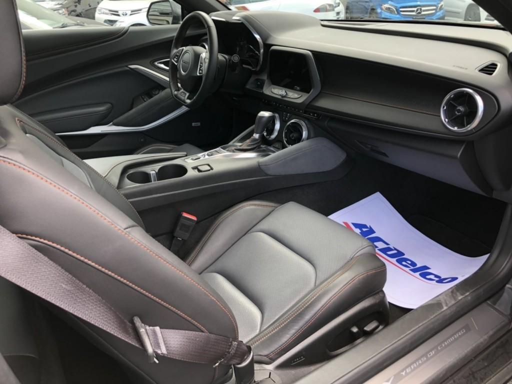2017-Chevrolet-Camaro