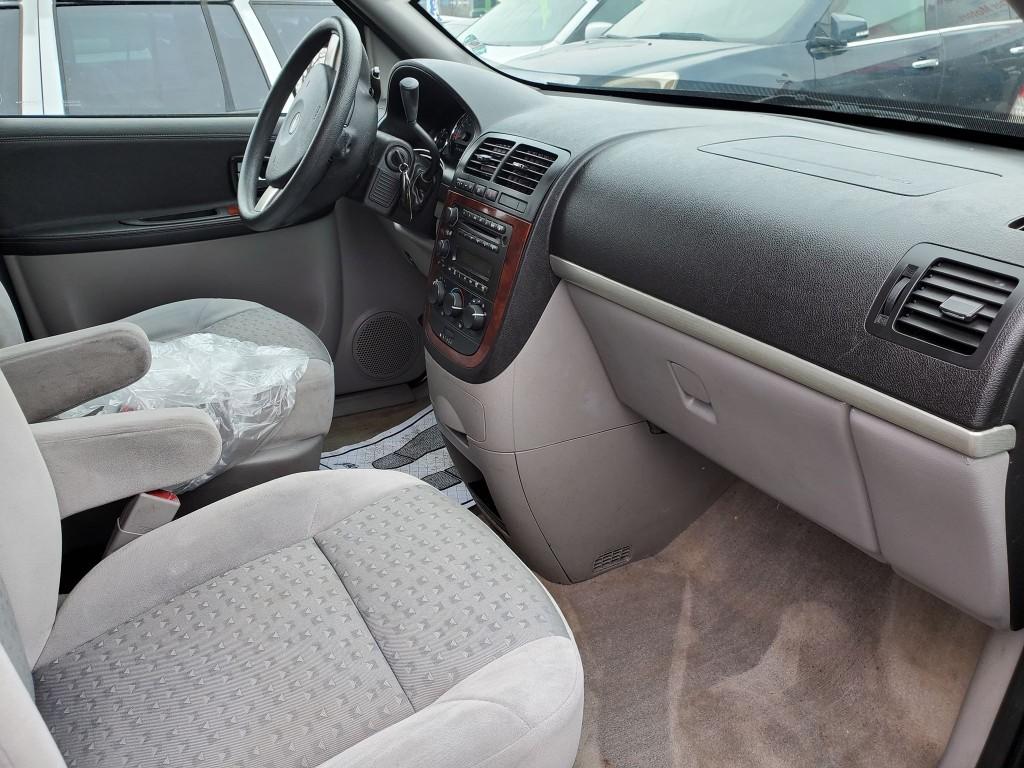 2009-Chevrolet-Uplander
