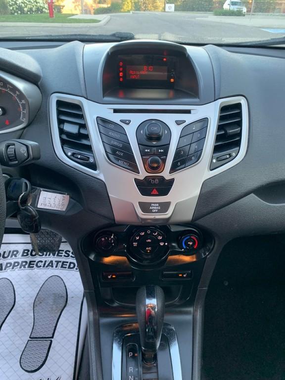 2012-Ford-Fiesta
