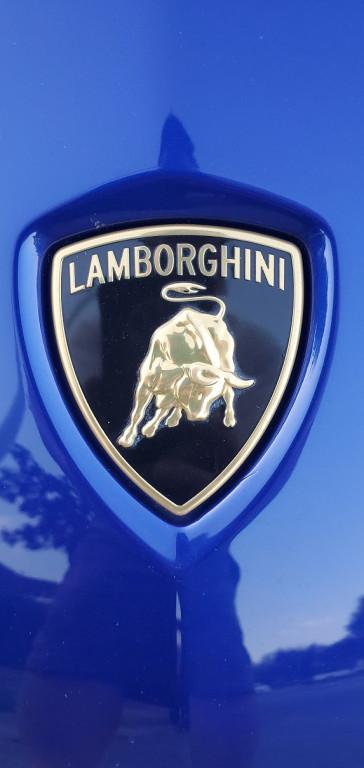 2018-Lamborghini-Aventador