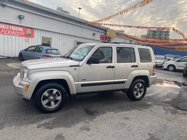 2008-Jeep-Liberty