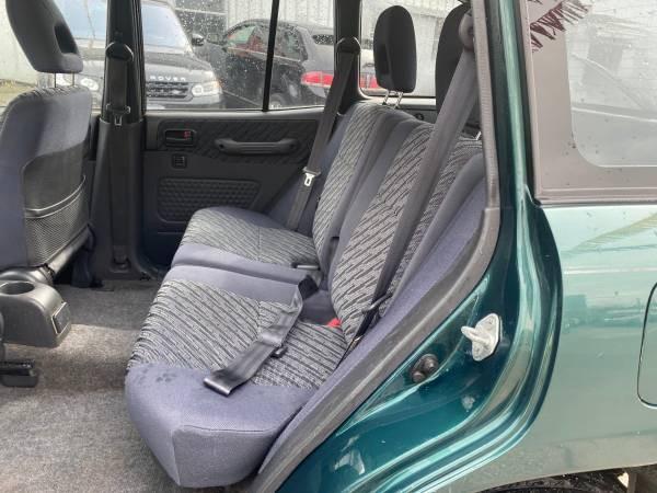 1998-Toyota-RAV4