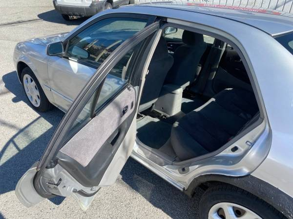 2002-Mazda-Protege