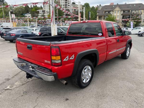 2004-GMC-Sierra 1500