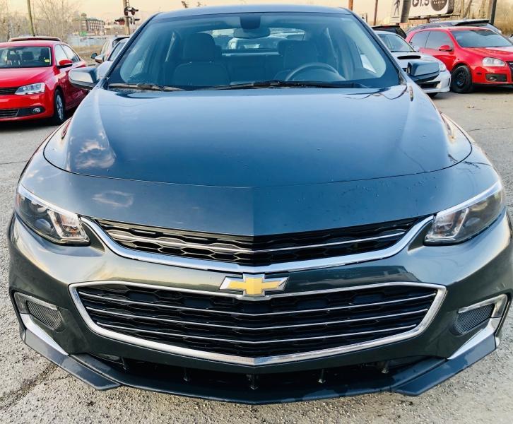 2017-Chevrolet-Malibu