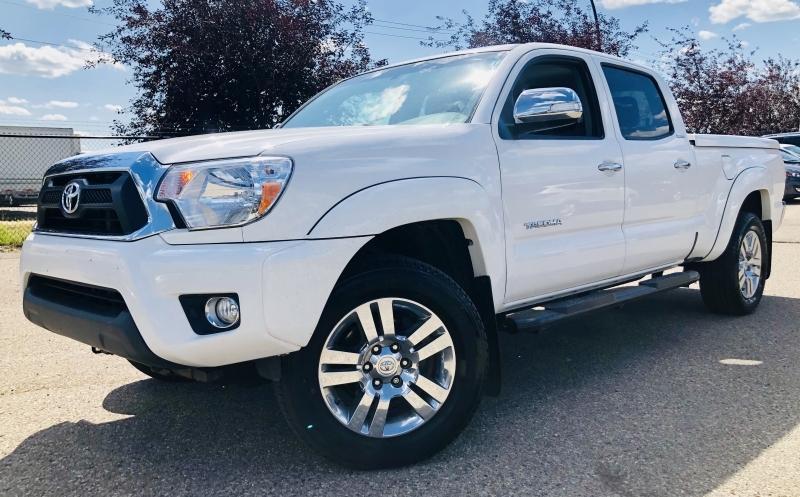 2015-Toyota-Tacoma