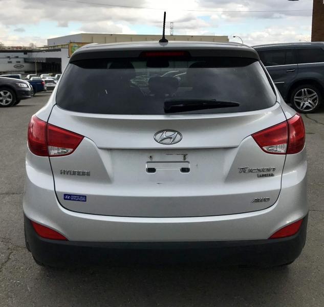 2013-Hyundai-Tucson