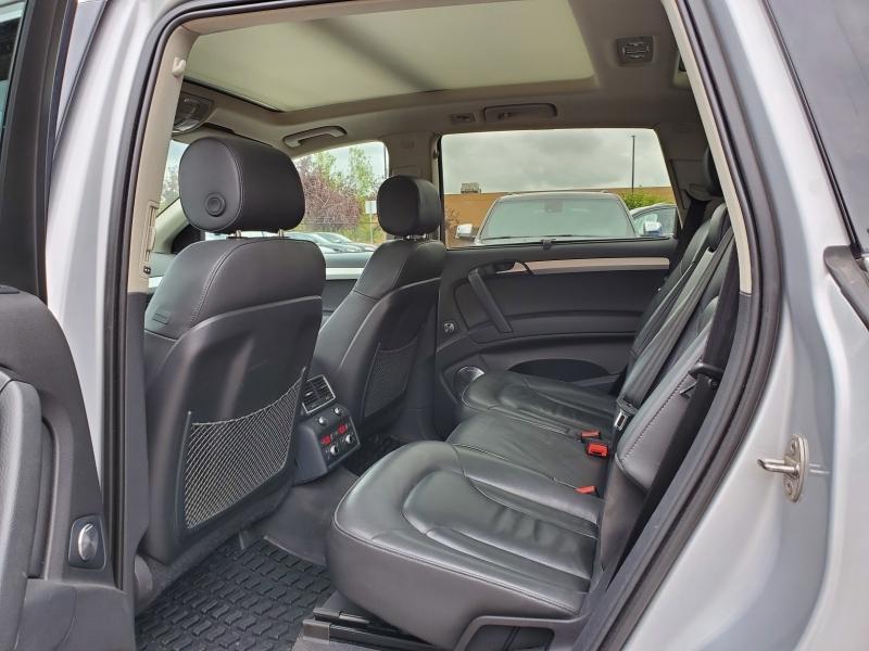 2010-Audi-Q7