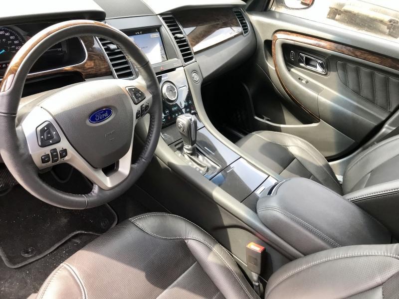 2018-Ford-Taurus