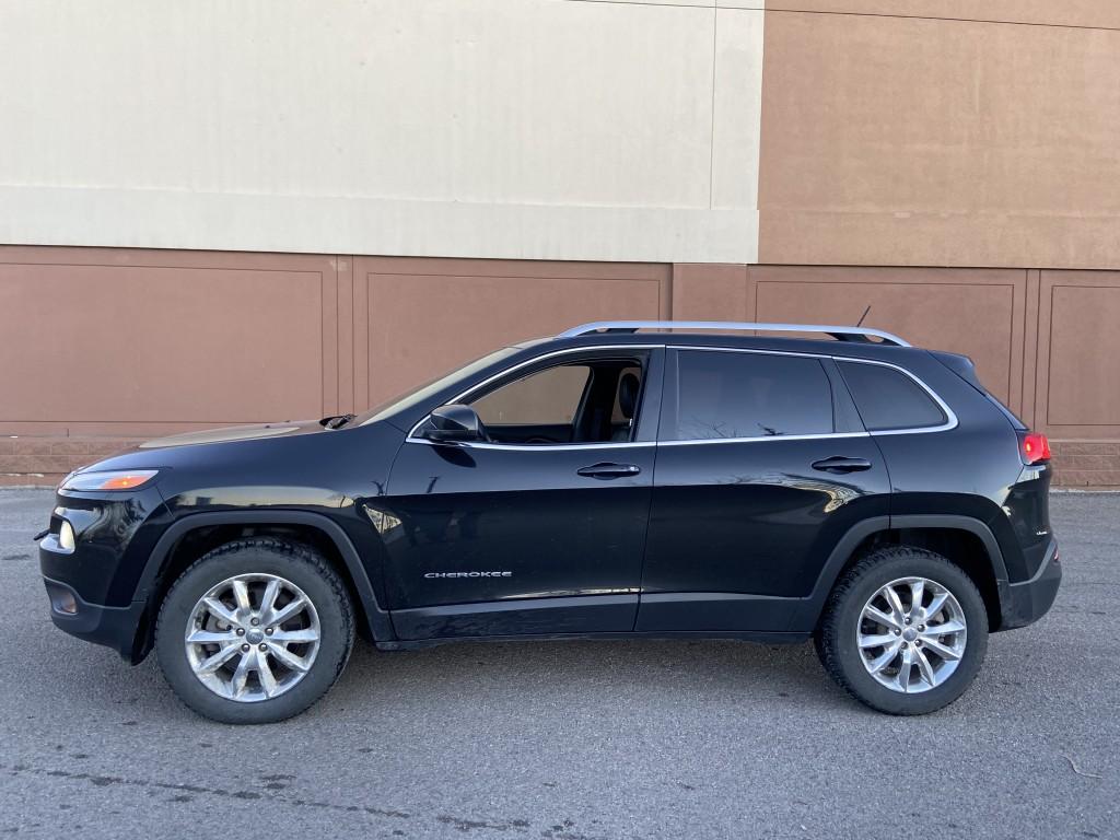 2014-Jeep-Cherokee