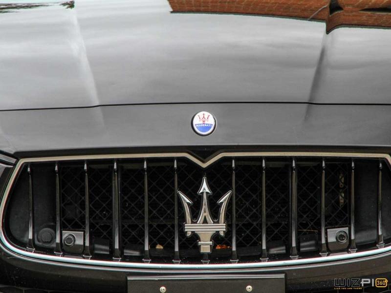 2014-Maserati-Ghibli