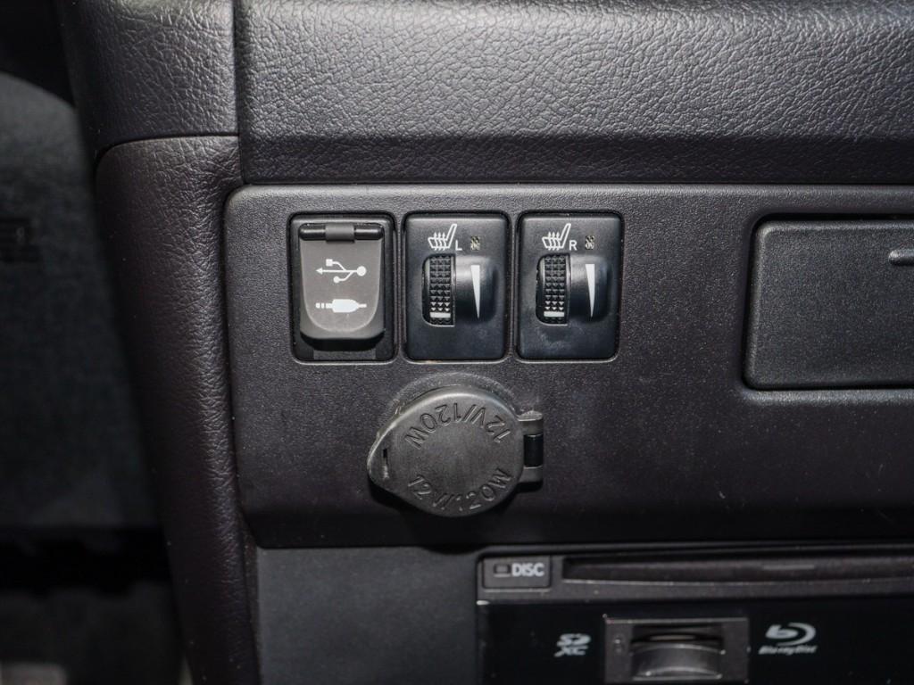 2015-Toyota-Sienna