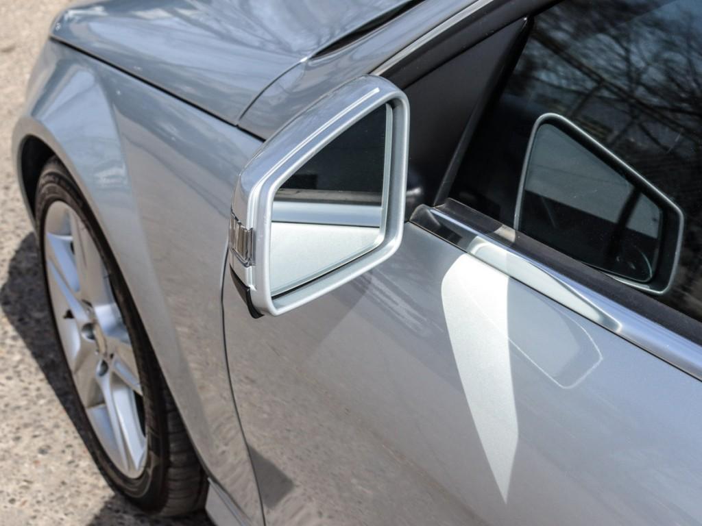 2011-Mercedes-Benz-C300
