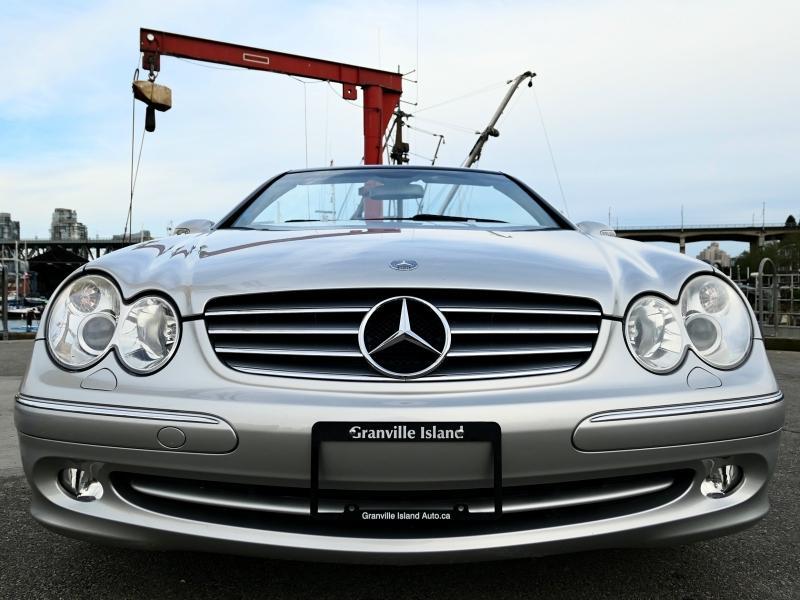 2005-Mercedes-Benz-CLK-Class