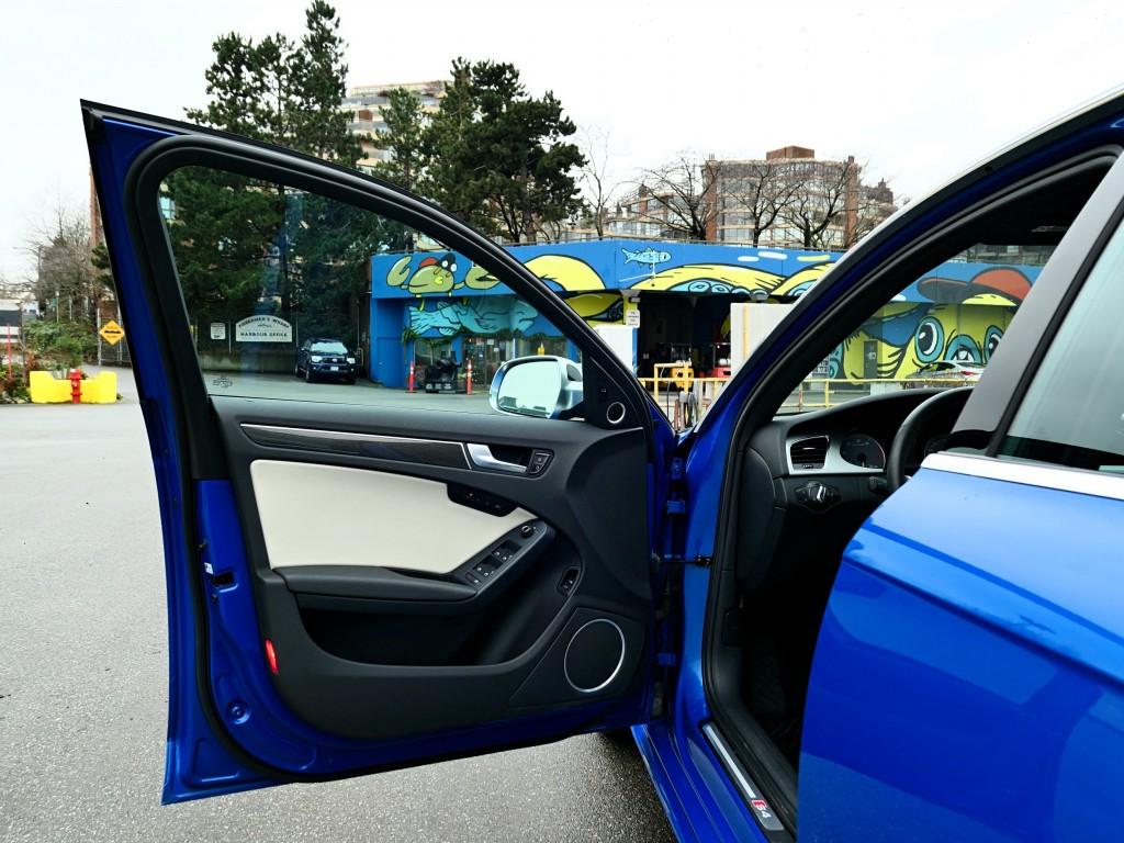 2010-Audi-S4