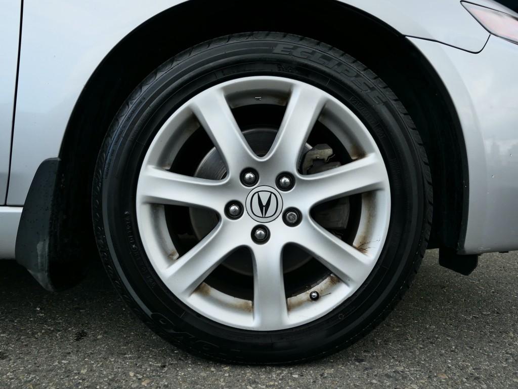 2004-Acura-TSX