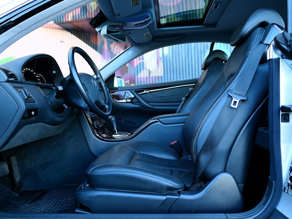 2001-Mercedes-Benz-CL-Class