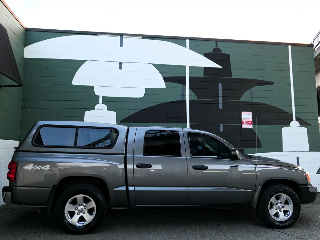 2005-Dodge-Dakota