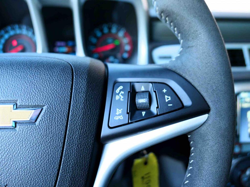 2015-Chevrolet-Camaro