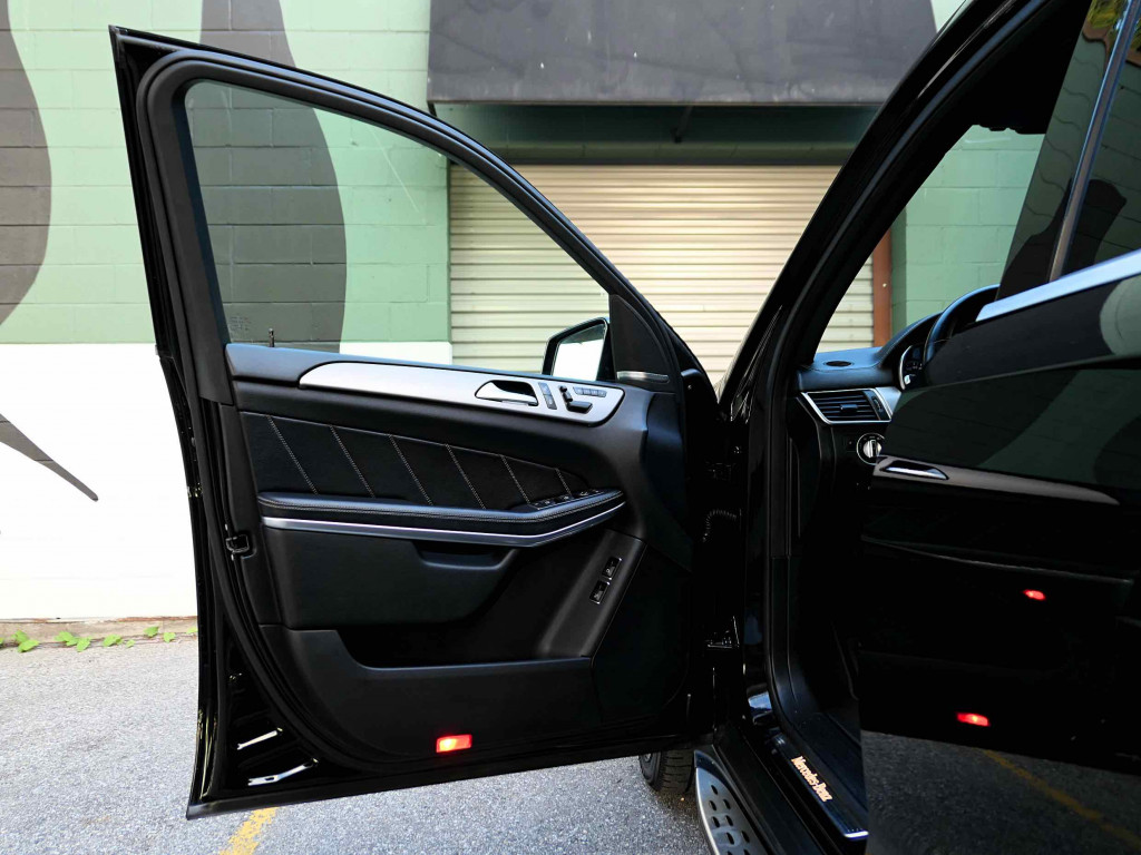 2013-Mercedes-Benz-GL-Class