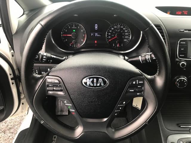 2016-Kia-Forte
