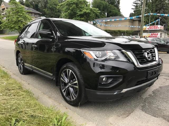 2017-Nissan-Pathfinder