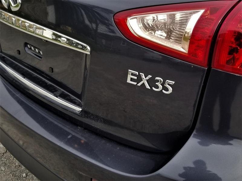 2010-Infiniti-EX35