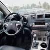 2011-Toyota-Highlander
